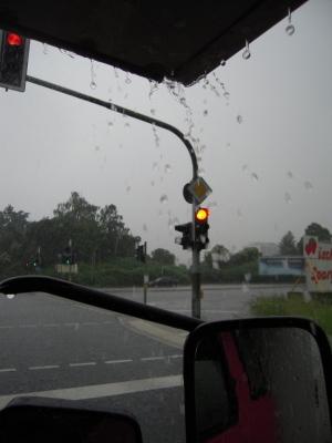 Regen läuft den Alkoven runter