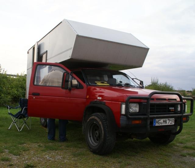 Nissan PickUp mit GlobeCab